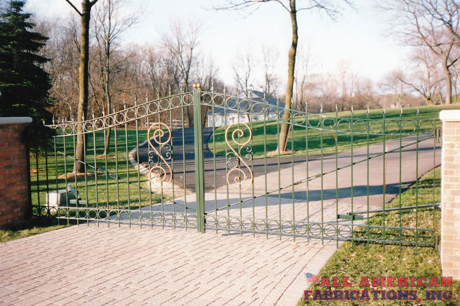 ornamental iron gates and fencing
